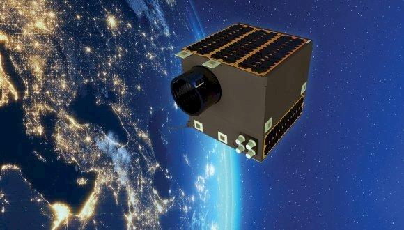 Yerli uydu Lagari için imzalar atıldı